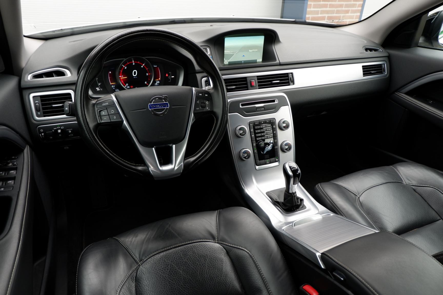 Volvo-V70-12